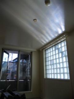 窓からの光